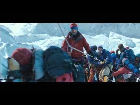 映画『エベレスト 3D』本編映像(危機一髪)