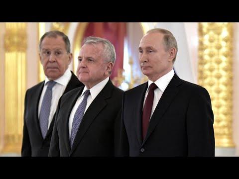 Навальный, санкции и международное сотрудничество. Интервью посла США в России Джона Салливана