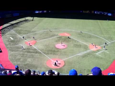 Kawasaki winning the game in the bottom of the 9th for Jays |
