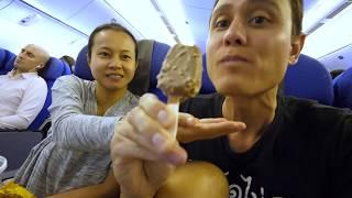 Singapore Airlines FOOD REVIEW - Singapore to Bangkok | Singapore Changi Airport Tour!