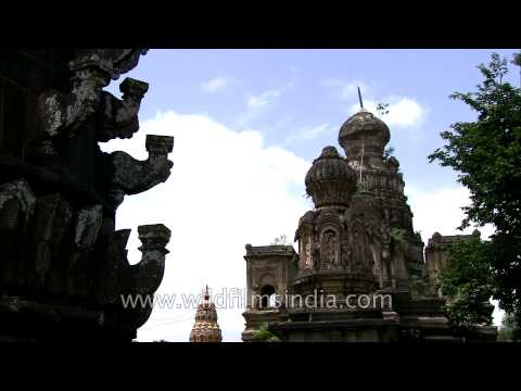 A walk inside the Kashi Vishweshwar Mandir, Wai