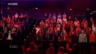 Flashmob in TV show - Die große Chance der Chöre - O Fortuna  - Uni Chor Vienna
