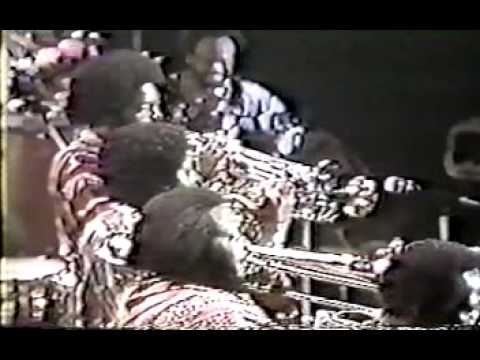 Earth Wind and Fire - Magic Mind live 1979 Japan