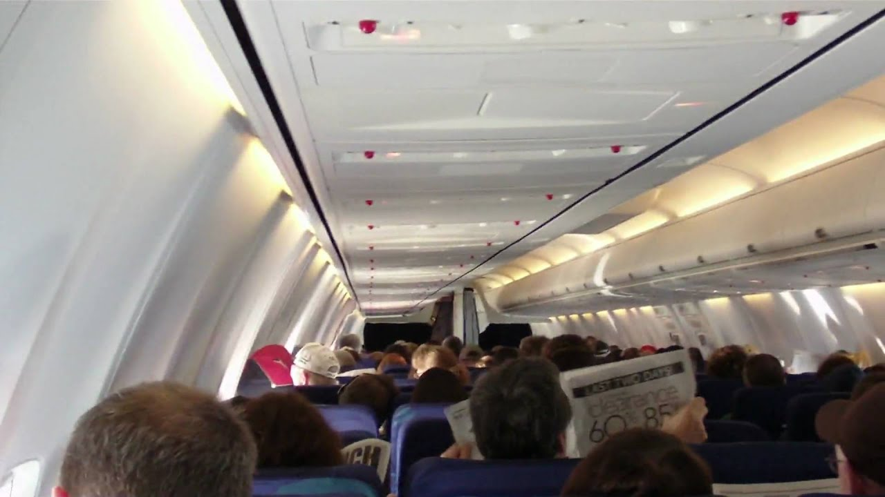 Boeing 737 800 aircraft inside image - Boeing 737 800 Aircraft Inside Image 57
