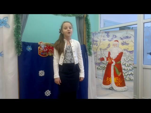 Изображение предпросмотра прочтения – УльянаВанина читает произведение «Декабрь» С.Я.Маршака