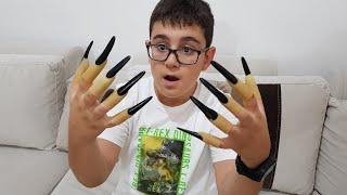 Şeker Yiyince Tırnakları Uzayan Çocuk. Eğlenceli Çocuk Videosu