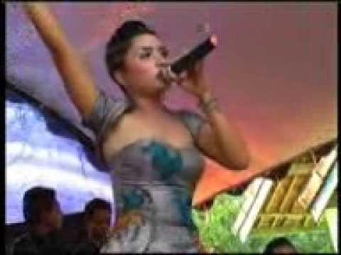 Lina Marlina ABG TUA Live PATRIA NADA