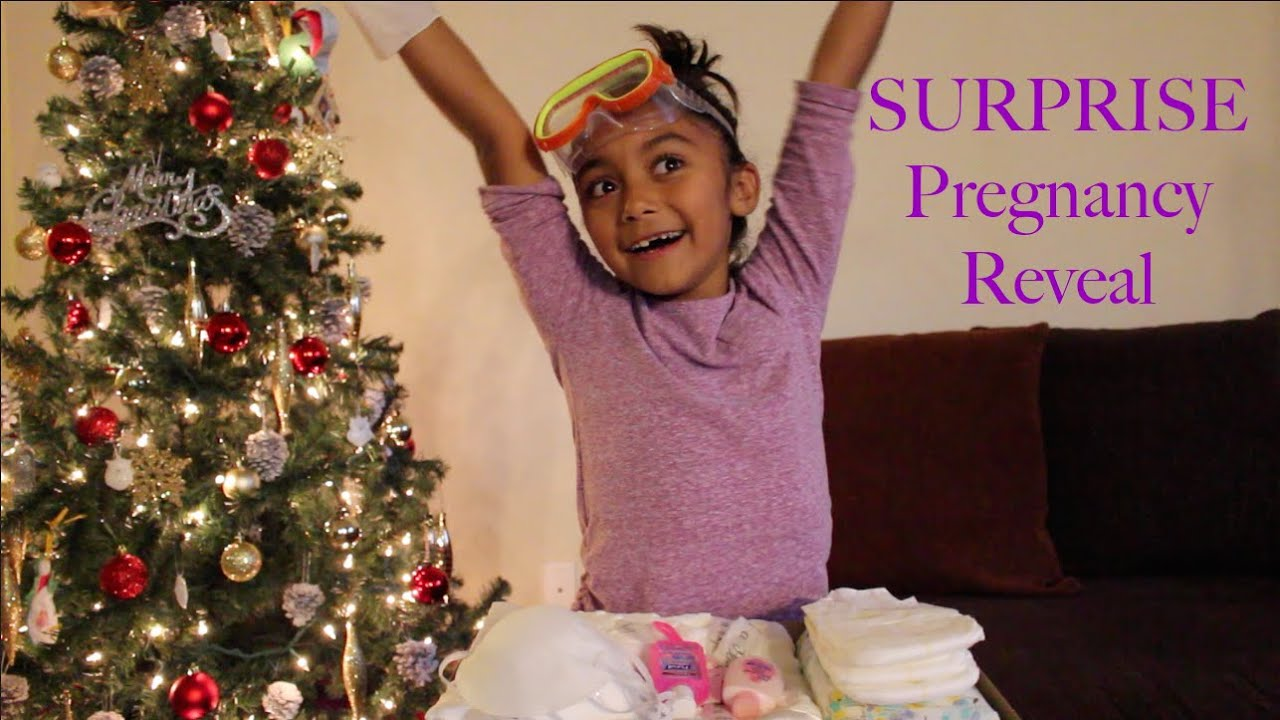 THE BIG REVEAL Pregnancy announcement to Big Sister AUBREY YouTube – Cute Christmas Baby Announcements
