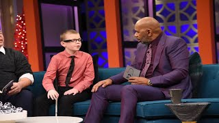 "Blind Kid Uses OrCam MyEye 2, Steve Harvey Calls It A ""Game-Changer"""