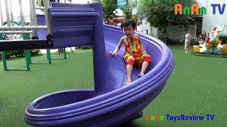 Bé chơi nhà bóng - Bé chơi cầu trượt - Bé đi chơi công viên ❤ Anan ToysReview TV ❤