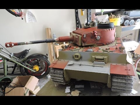 Vintage RC 1/6th scale armortek early production Tiger I Video#14 part 2 of 2 (last of the details)