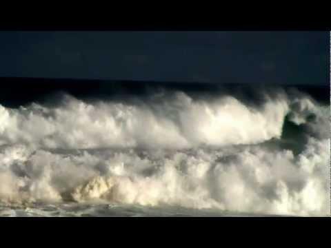 Life treating surf...Maui
