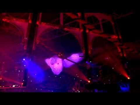 Download De Q Dance Feestfabriek 2010 DVDRip