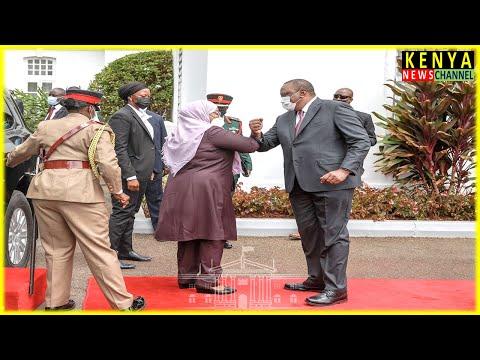 How President Uhuru welcomed President Samia at Statehouse Nairobi