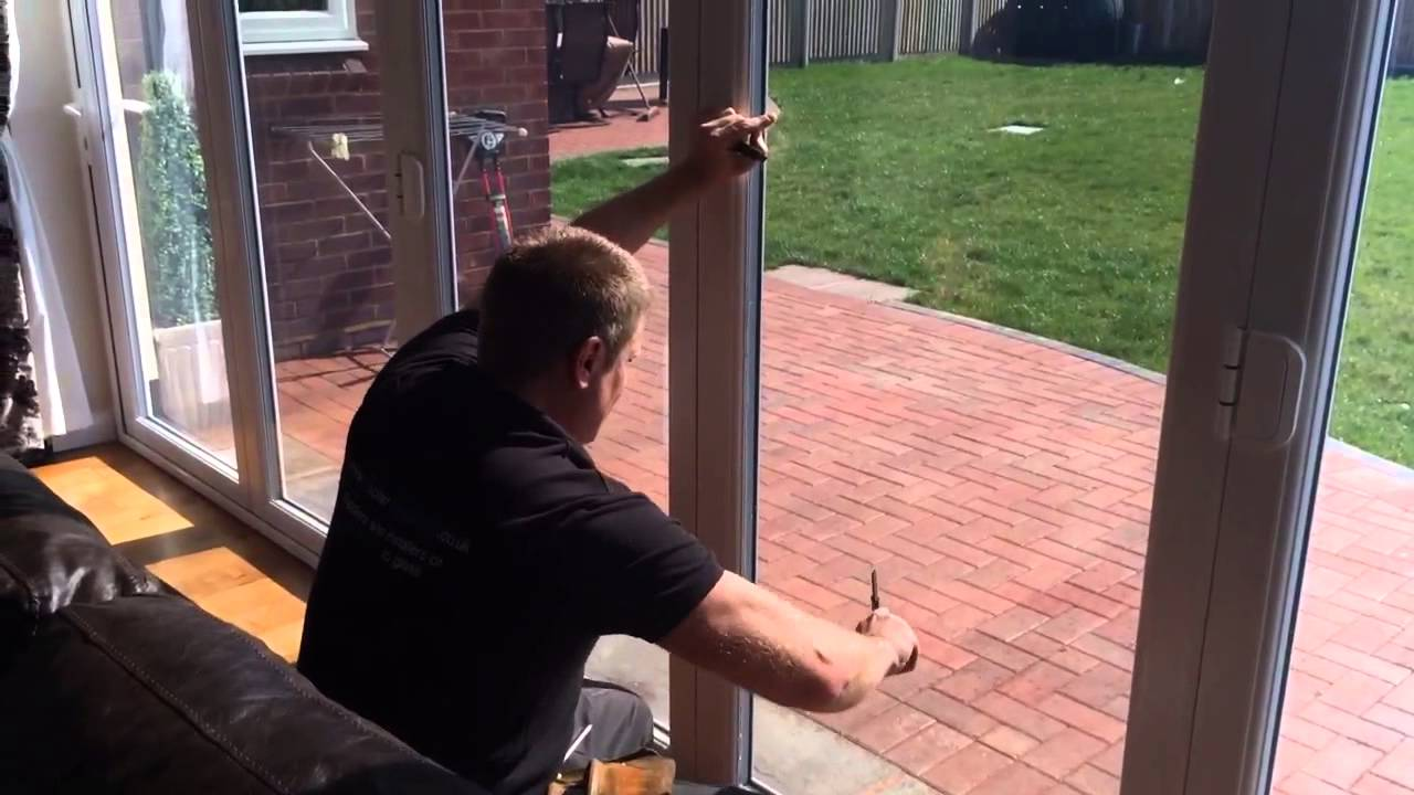 Pr solar window film applying solar uv control window film to patio pr solar window film applying solar uv control window film to patio doors planetlyrics Images