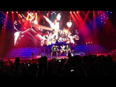 """KISS - """"Detroit Rock City""""  LIVE Albuquerque, NM August 7, 2012"""