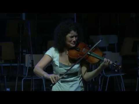 Концерт на Ива Битова (Iva Bittová - Full Concert in Sofia)