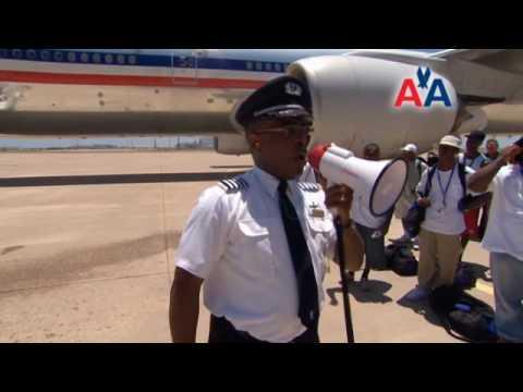American Airlines Hosts Steve Harvey Mentoring Weekend