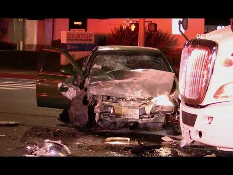3 arrested in Costa Mesa following chase, crash