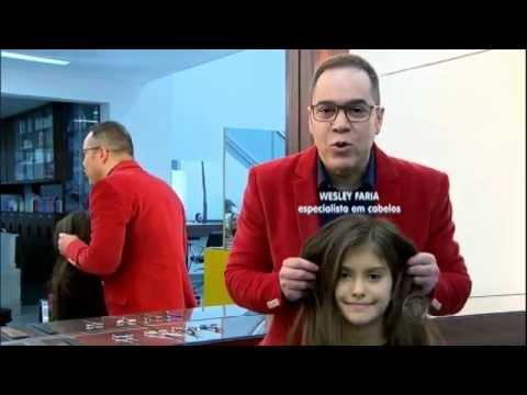 Garotinha passa por transformação antes de cantar no programa Hora do Faro