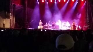 sheryl crow first encore cover of buffalo springfield for what it s worth 5min19sec