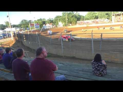 80417 Belle Clair Speedway Modified Heat 1