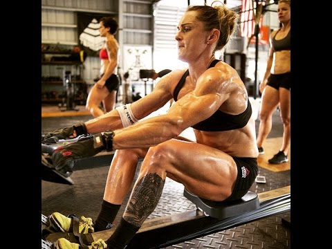 Samantha Briggs training CrossFit 2016
