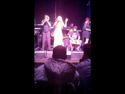 Marianna singing I'd Rather Be Blind at RnB Live H...