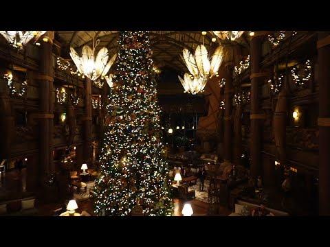 Disneys Animal Kingdom Lodge Christmas Decorations