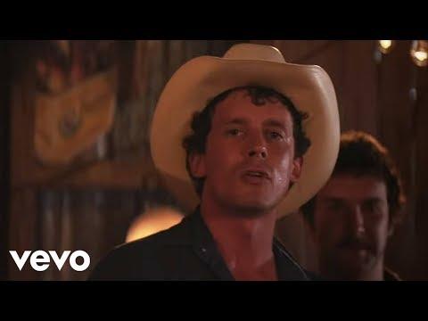 turnpike-troubadours---gin,-smoke,-lies-(official-video)