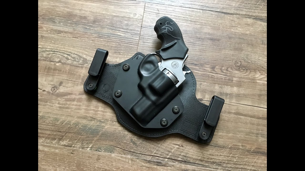 Taurus 85 Revolver Alien Gear Cloak Tuck 3 0 IWB Holster