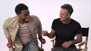 Chadwick Boseman e Mark Ruffalo: Convidam Você Para Assistir Pantera Negra