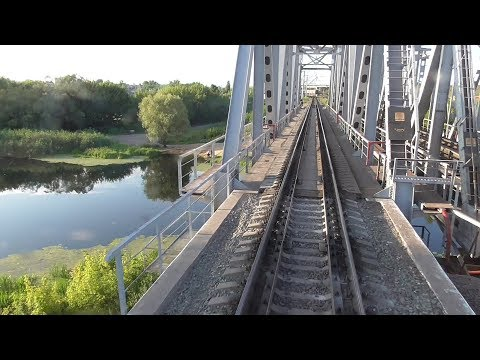 прибытие поезда и отправление от ст Россошь