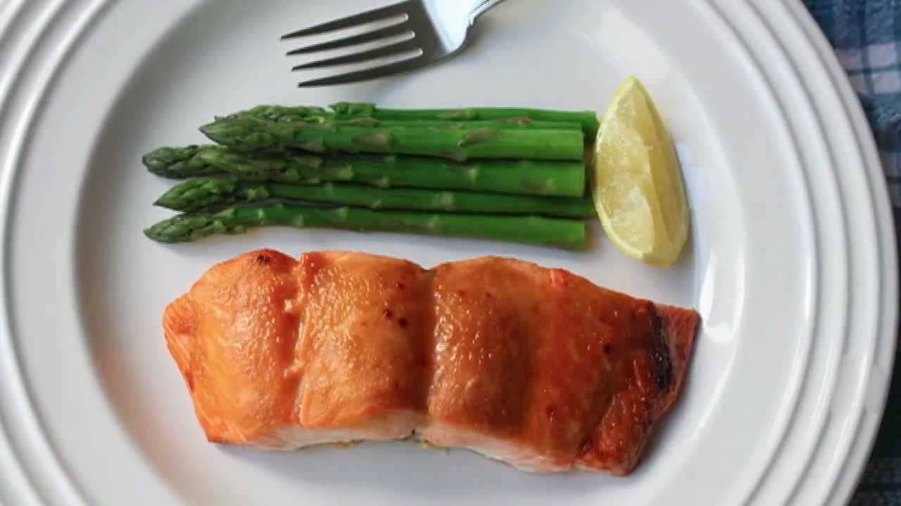 Miso Maple Salmon Recipe Broiled Salmon With Miso Maple Glaze Youtube