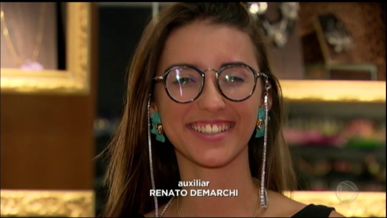 Corrente nos óculos vira moda entre famosas na internet - YouTube f8c3c9e27d