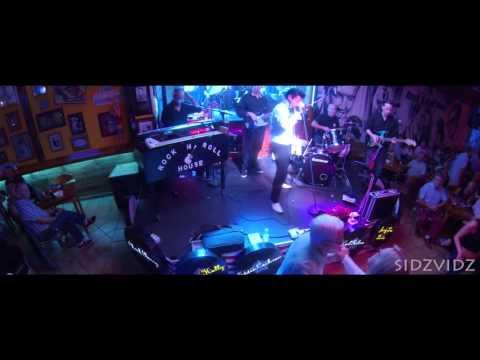 You Drive Me Crazy -  Dean Ryan @ The Rock n Roll House,Benidorm,Spain