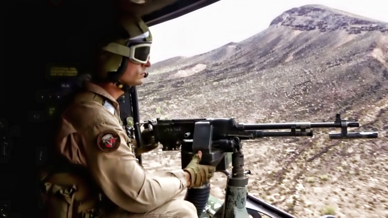 & USMC Helicopter Door Gunners Get Trigger Time - YouTube pezcame.com