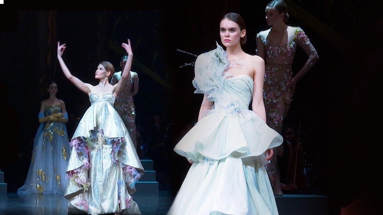 Валентин юдашкин показ мод сочи работа с проживанием для девушек
