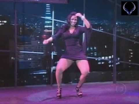 La Garota mas Sexy de Brasil, Bailando en Television, que Hermosa