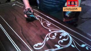 فن الزخرفة علي الخشب شاهد ماذا يفعل الخطاطوالرسام مصطفي صبري