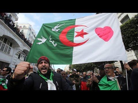 إفشال العهدة الخامسة، استقالة بوتفليقة، انتخاب تبون، وفاة قايد صالح.. الحراك الجزائري في 10 صور  - نشر قبل 29 دقيقة