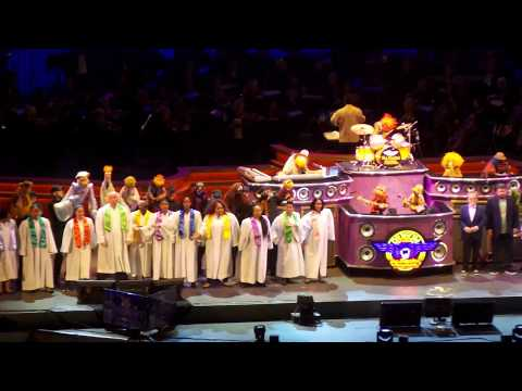 The Muppets - With A Little Help From My Friends (The Beatles Cover) - Live @ Hollywood Bowl 9/9/17