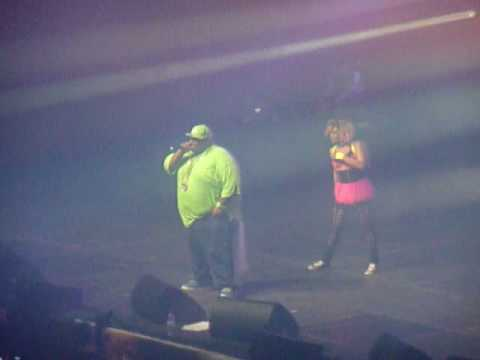 Vitamine party people : Big Ali - Neon Music