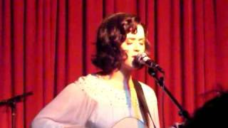 Katy Perry - Brick By Brick live acoustic hotel cafe 011209
