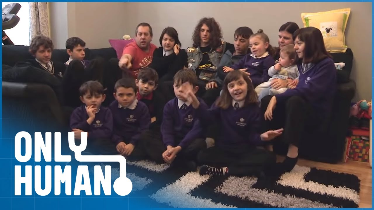 Couple Claims More Than £70,000 Benefits to Support 14 Kids | Benefits Britain S2 Ep11 | Only Human