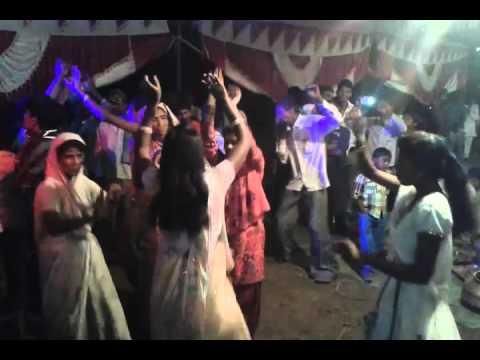 Wedding Dance    DJ SONGS Indian Marriages    Group dance of ladies in  wedding
