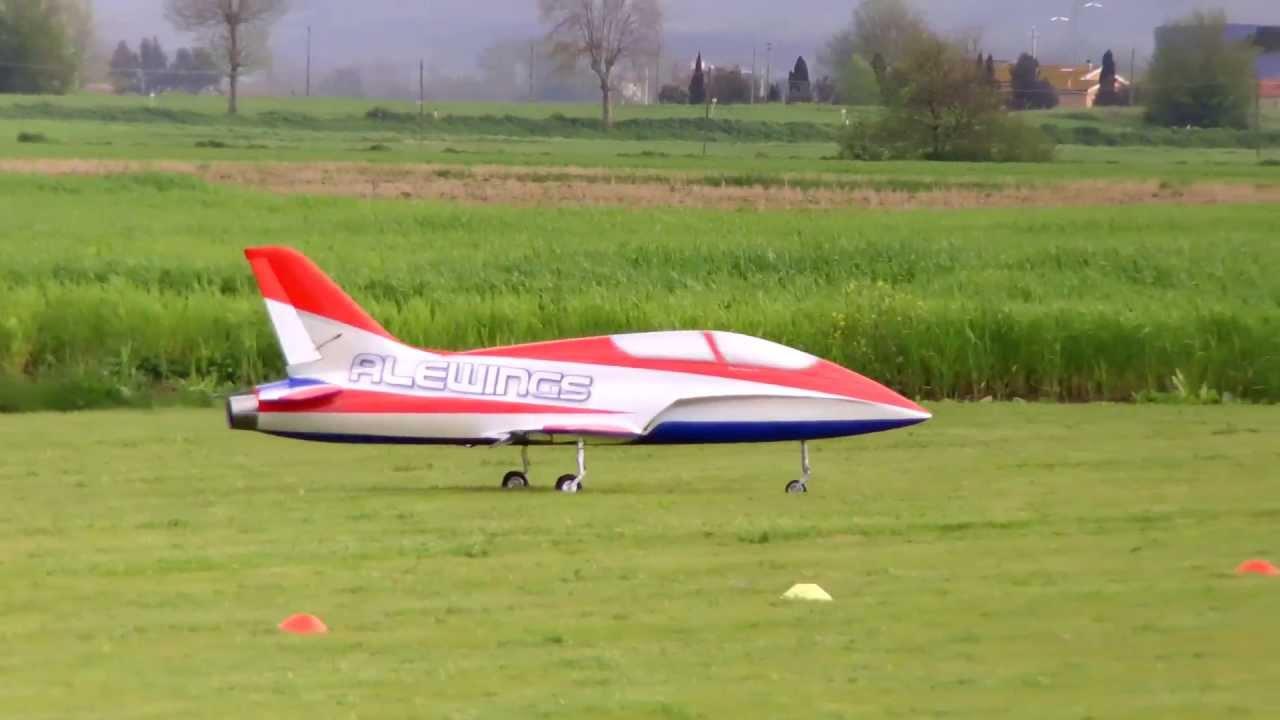 F4J jet turbina acrobatici Navacchio Pisa