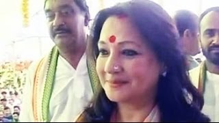 Former actor Moon Moon Sen hits campaign trail in Bankura