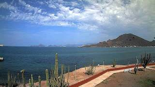Altocumulus castellanus visible from Guaymas, Sonora, Mexico (time-lapse) - September 12, 2011