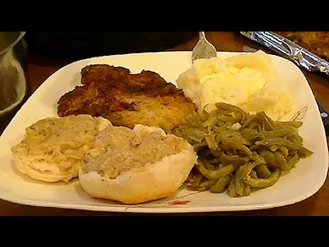 Fried Pork Chops With Pork Chop Gravy Delicious Dinner For Your Family